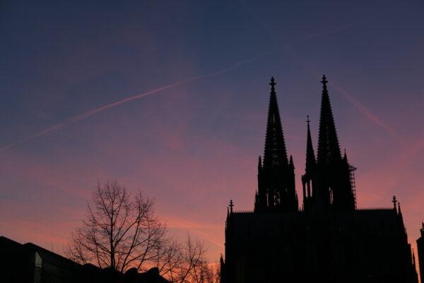 ケルン大聖堂シルエット 1