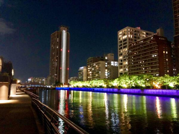 川沿いの夜景 3