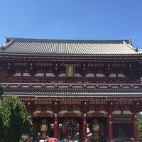 晴れた日の浅草寺 2