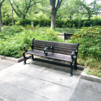公園のベンチ 1