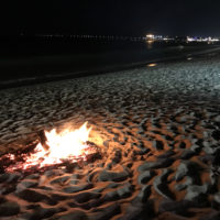 海辺のたき火