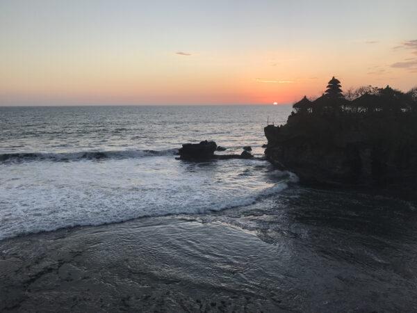 タナロット寺院と海 7