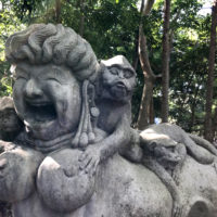 モンキーフォレストにある石像 1