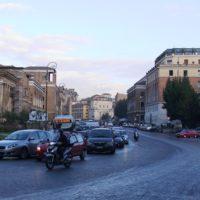 朝のローマ