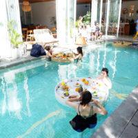 バリ島のとあるホテルのプール 1