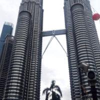 マレーシアの高層ビル 1