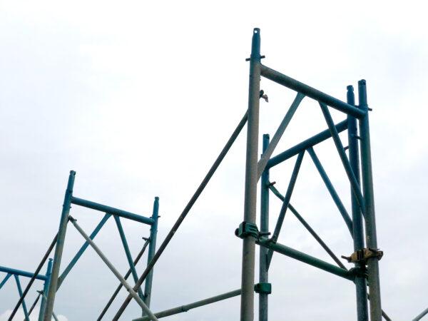 工事現場の足場 1