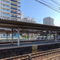 駅のプラットホーム
